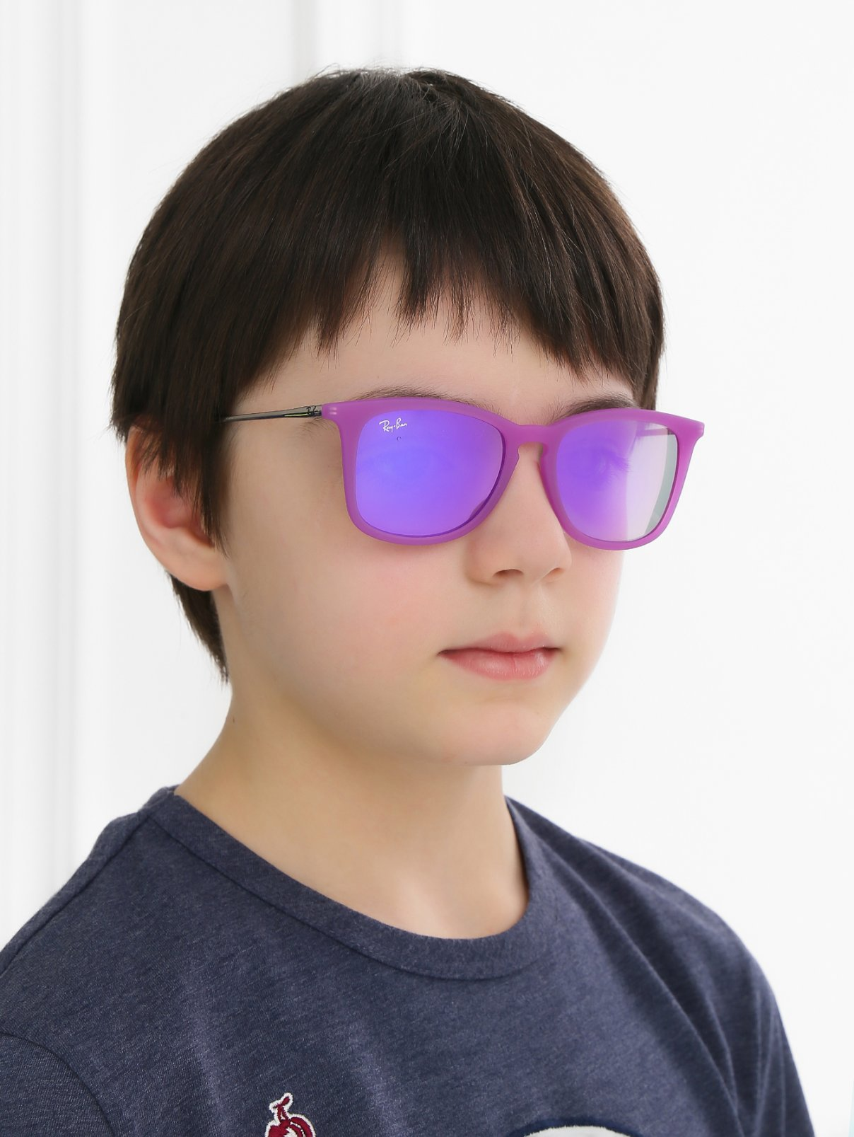 Очки солнцезащитные в яркой оправе Ray Ban  –  Модель Общий вид