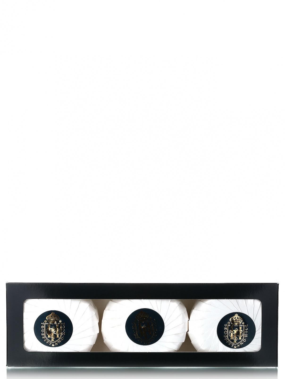 Ароматизорованное мыло для бритья - Face care, 3x150g. Truefitt & Hill  –  Модель Общий вид