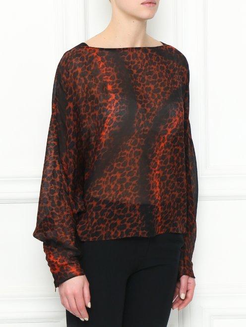 Блуза из шелка с анималистичным узором - МодельВерхНиз