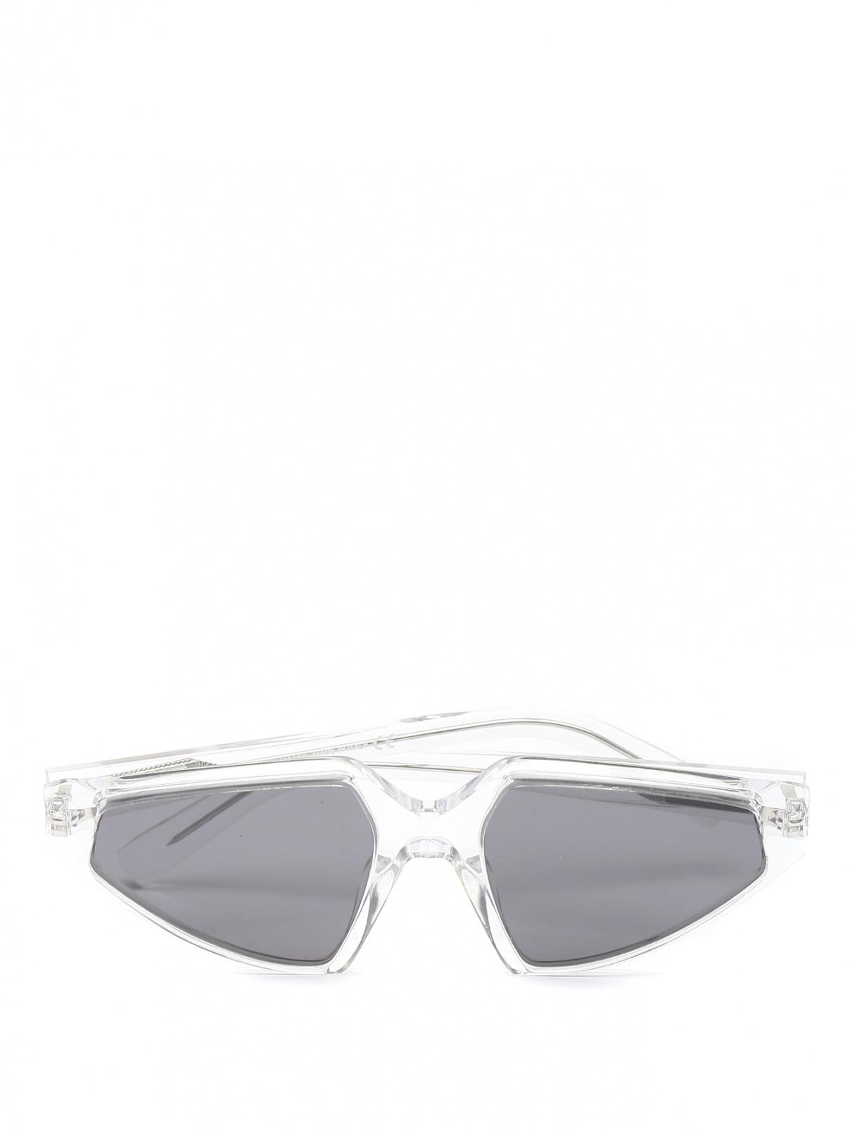 Очки солнцезащитные в пластиковой оправе Max Mara  –  Общий вид