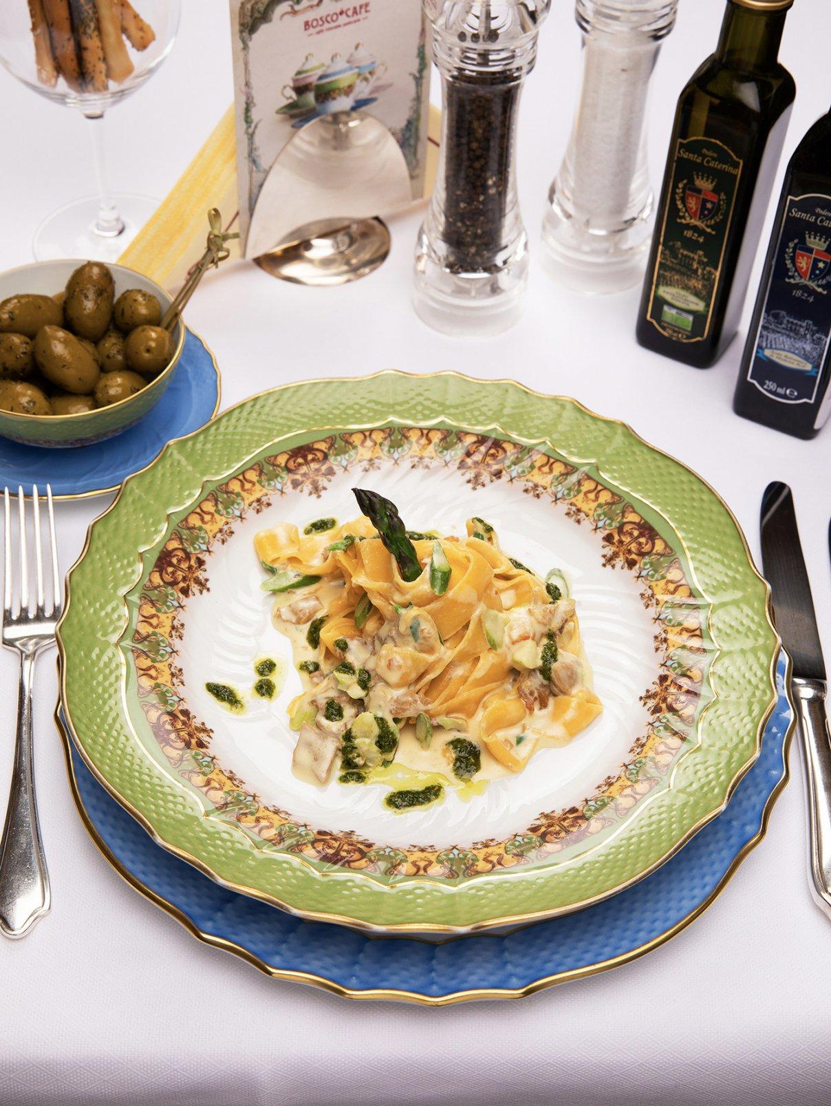 Папарделле с рагу из кролика и зеленой спаржей BoscoCafe  –  Общий вид